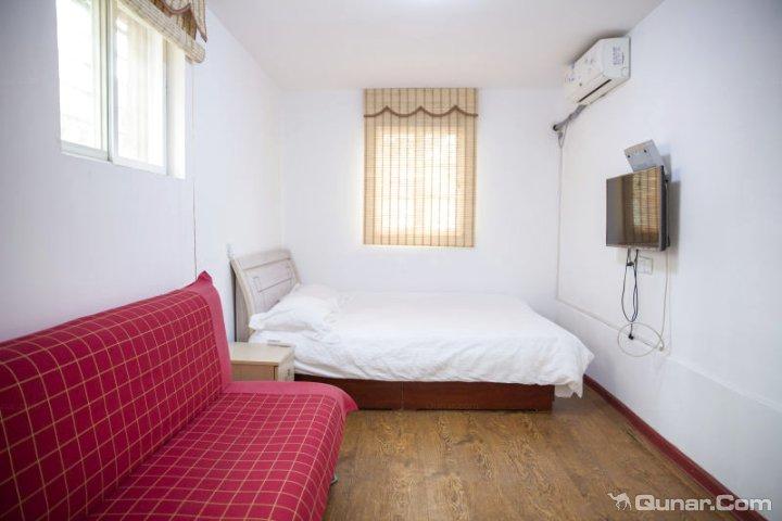 青岛榉林雅居家庭公寓