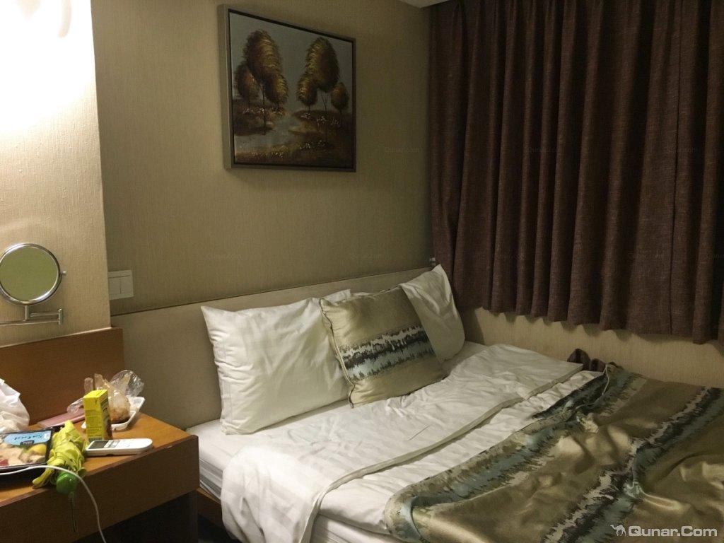 背景墙 房间 家居 酒店 起居室 设计 卧室 卧室装修 现代 装修 1024