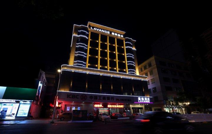 汕尾海边街夜景图片
