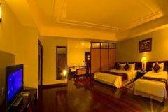 雷克斯酒店(Rex Hotel)
