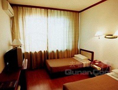 潜江太阳红宾馆