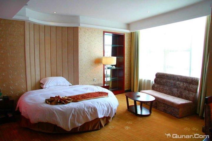 南阳嘉鑫花园酒店