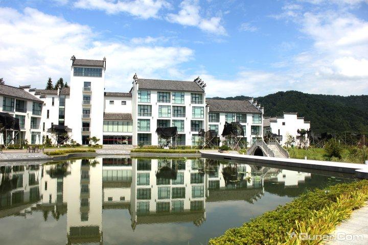 黄山奇墅仙境中坤国际大酒店