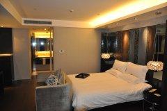 桔子水晶上海公平路北外滩酒店
