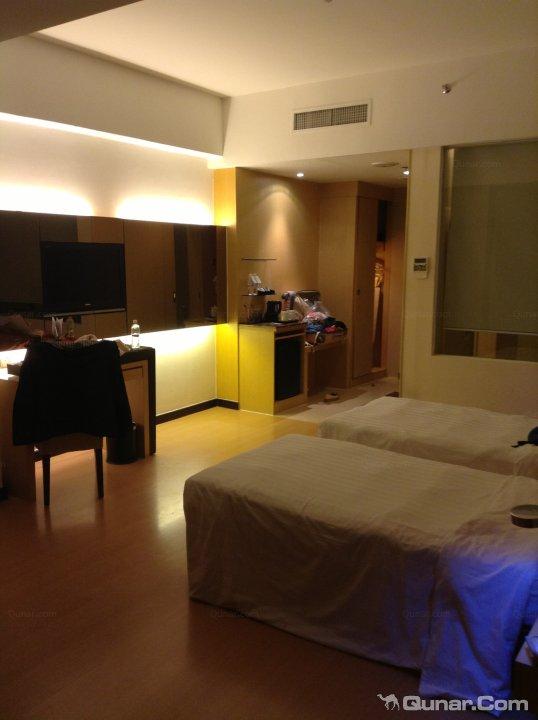 1Borneo Hotel (Superior)