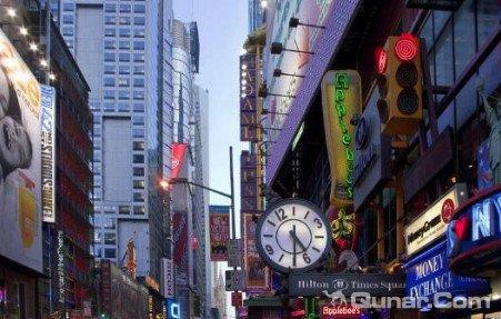纽约时代广场希尔顿逸林套房酒店(DoubleTree Suites by Hilton NYC - Times Square)