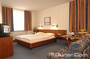 布劳扬韦斯酒店(Brauhotel Jan Van Werth)