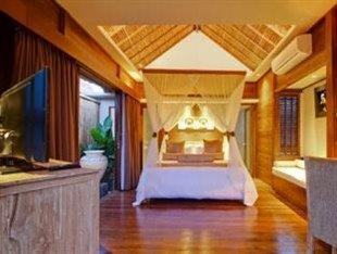 蓝梦海滩俱乐部和度假酒店(Lembongan Beach Club & Resort)