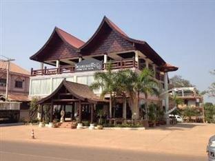 农内文酒店(Nonnevong Hotel)