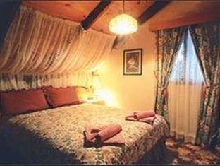 马里葡萄园木屋酒店(Marions Vineyard Chalet)