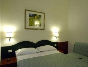 拉基然多拉住宿加早餐酒店(La Girandola Bed & Breakfast)