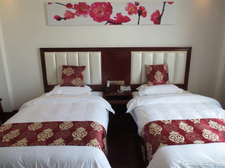 万宁铭皇商务酒店