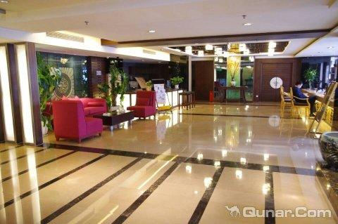 重庆解放碑博顿美锦酒店