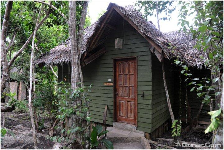 邦劳保和养蜂场酒店(Bohol Bee Farm Hotel)