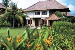 巴厘岛娜湾泛太平洋别墅(The Villas at Pan Pacific Nirwana Bali)