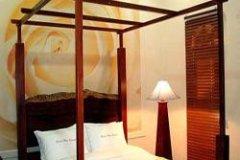 河景度假酒店(River View Resort)