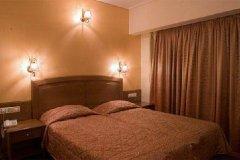 水晶之城酒店(Crystal City Hotel)