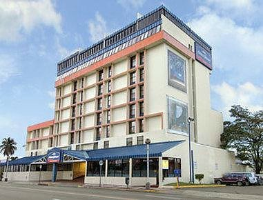 Howard Johnson Carolina San Juan Pr