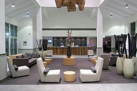 凯恩斯绿洲诺富特度假村(Novotel Cairns Oasis Resort)