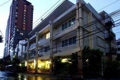 曼谷维斯塔住宅酒店(Vista Residence Bangkok)