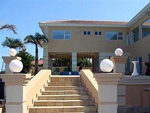 Ocean View Castle Guesthouse