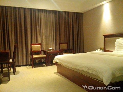 双峰阳光大酒店