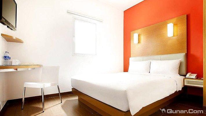 阿玛丽丝季节城酒店(Amaris Hotel Season City)