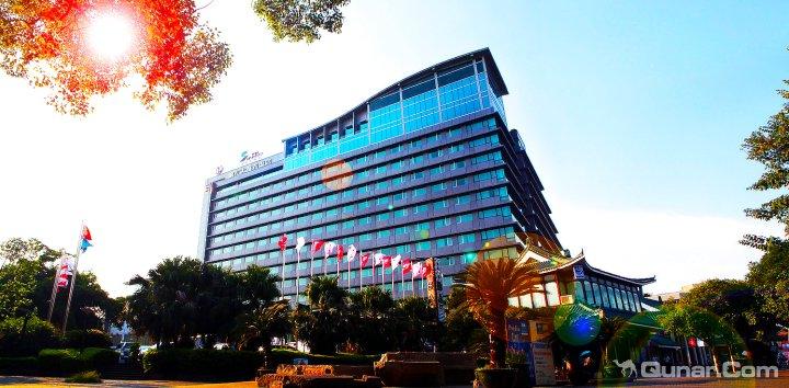 桂林漓江大瀑布饭店