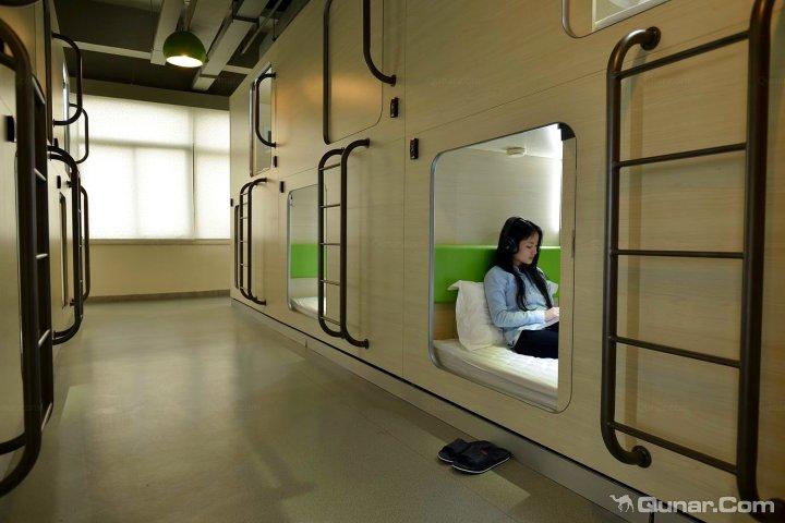深圳栖游太空舱青年旅馆