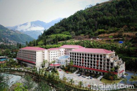 贡嘎神汤温泉酒店