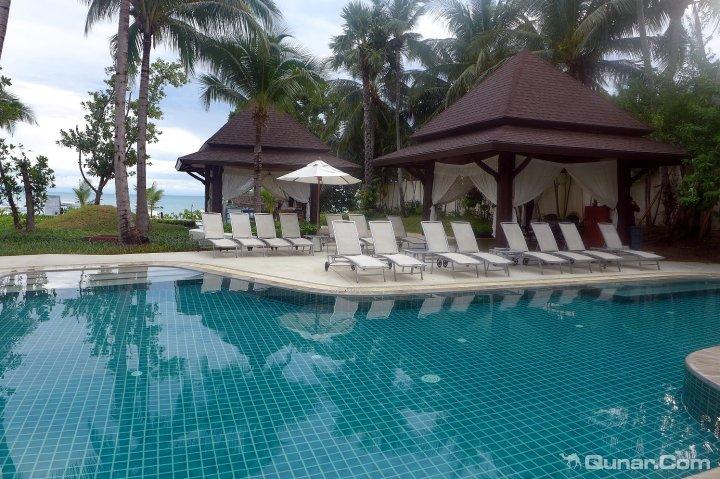 苏梅岛波普宜必思酒店(Ibis Samui Bophut Koh Samui)