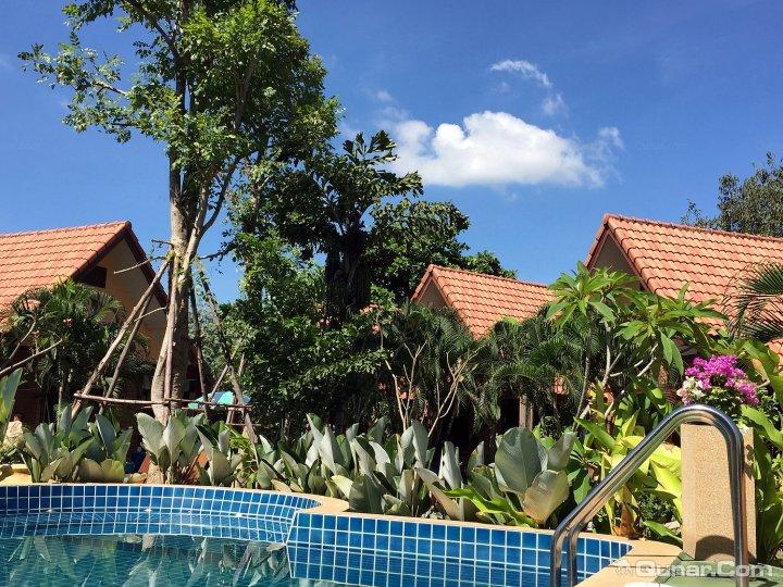 清迈首驿度假酒店(E-Outfitting Resort Chiang Mai)
