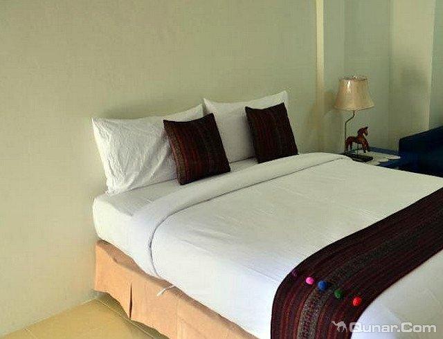 芭堤雅爱慕园酒店(Admire House Pattaya)