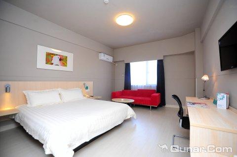 昆明锦轩之星酒店北部客运站店