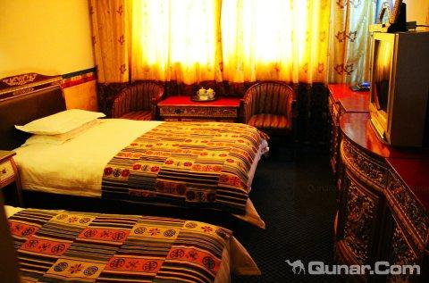 山南藏之源大酒店