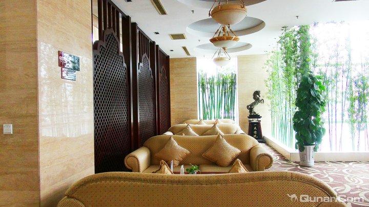 库尔勒康城建国国际酒店