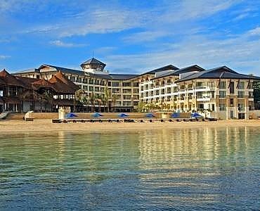 贝尔福度假酒店(The Bellevue Resort)
