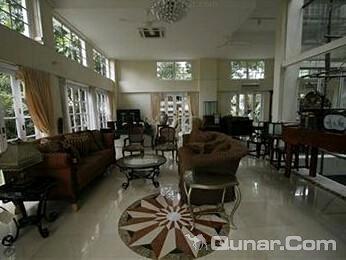 L 公寓(L Residence)