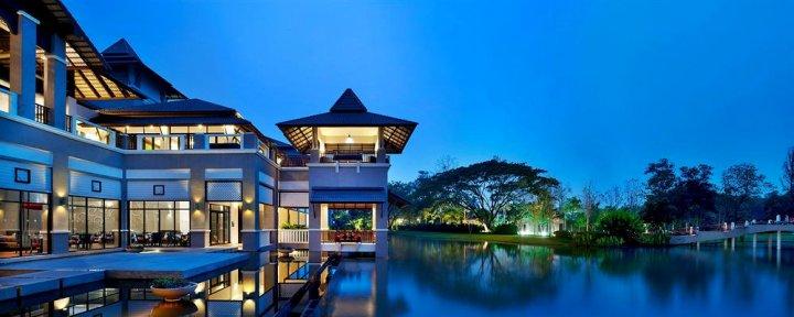 清莱艾美度假酒店(Le Meridien Chiang Rai Resort)