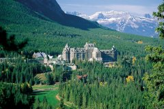 费尔蒙班夫泉城堡酒店(Fairmont Banff Springs)