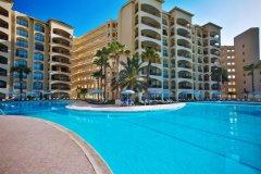 皇家加勒比酒店(The Royal Caribbean - An All Suites Resort)