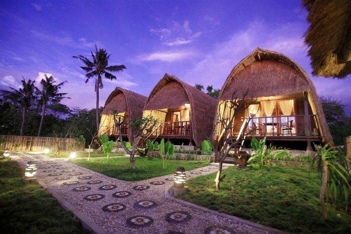巴厘岛蓝梦岛日落温泉小屋(Sunset Coin Lembongan Cottage & Spa Bali)