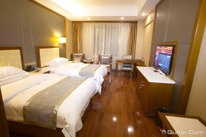 稻城绿野亚丁酒店