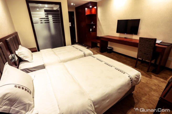 稻城优客莱酒店