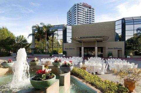 洛杉矶环球影城希尔顿酒店(Hilton Los Angeles-Universal City)