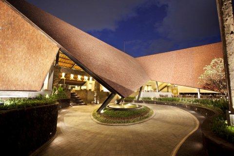 苏纳尔泻湖绿州酒店(The Oasis Lagoon Sanur)