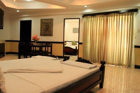 Green One Hotel Restaurant