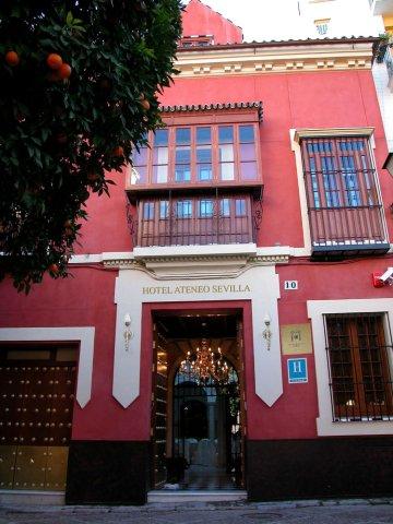 塞维利亚雅典娜酒店(Hotel Ateneo Sevilla)