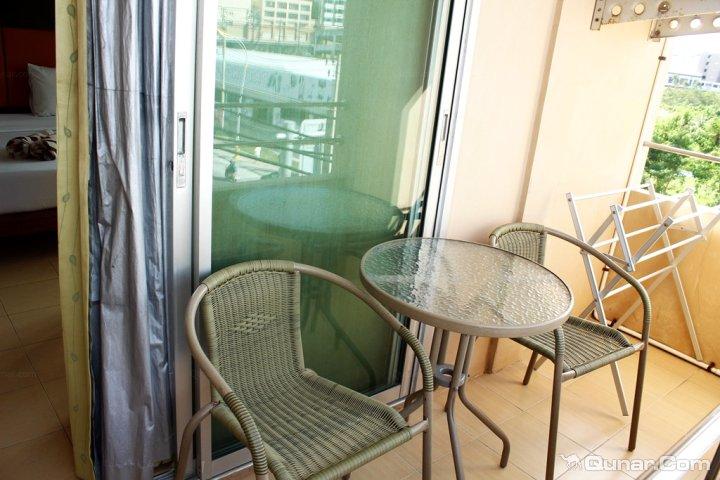 普吉海岛柔软时光旅行酒店(Mild Guesthouse Phuket)