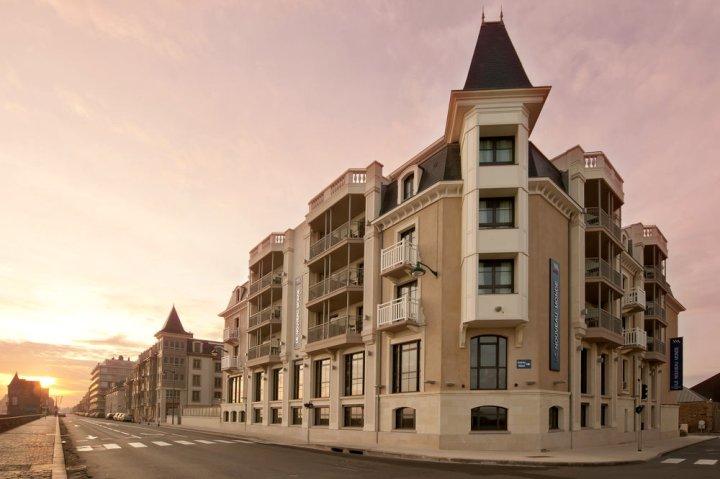 里新时髦酒店(Hôtel le Nouveau Monde)